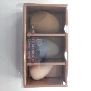 Luxie makeup sponges